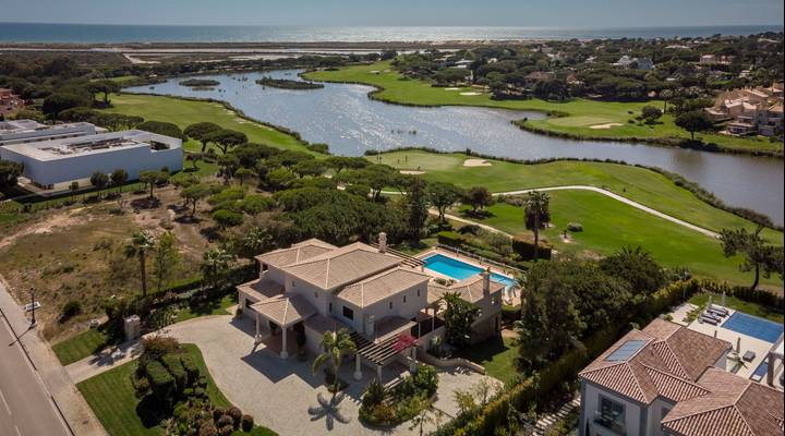 Classic architecture with views to the San Lorenzo Golf Course Thumbnail